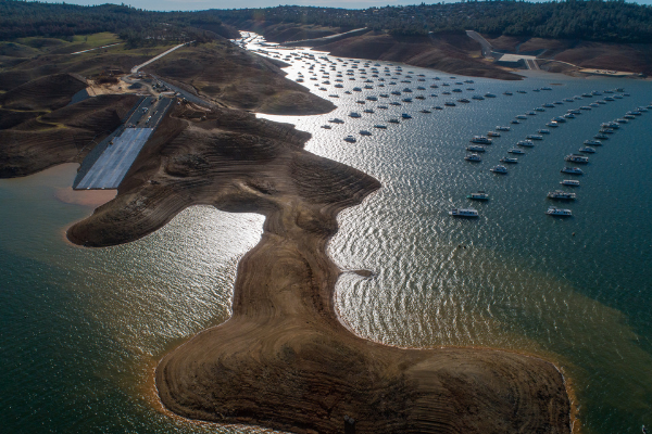 A drone view shows the Loafer Point Boat Ramp, with the water level at Lake Oroville